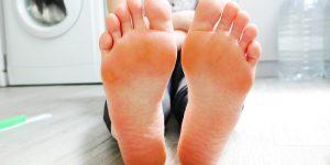 swędzenie stopy podologia